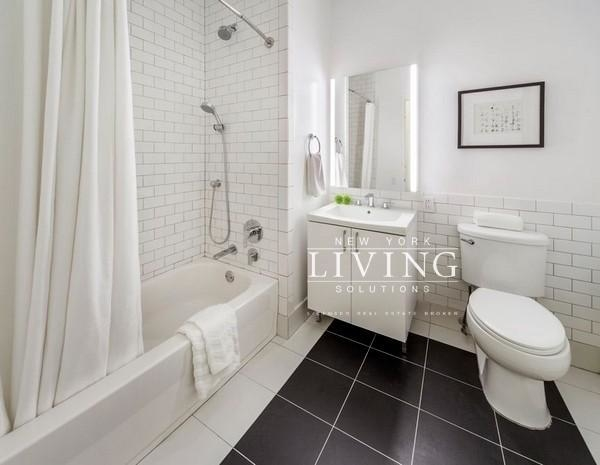 2 Bedrooms, Financial District Rental in NYC for $3,496 - Photo 1