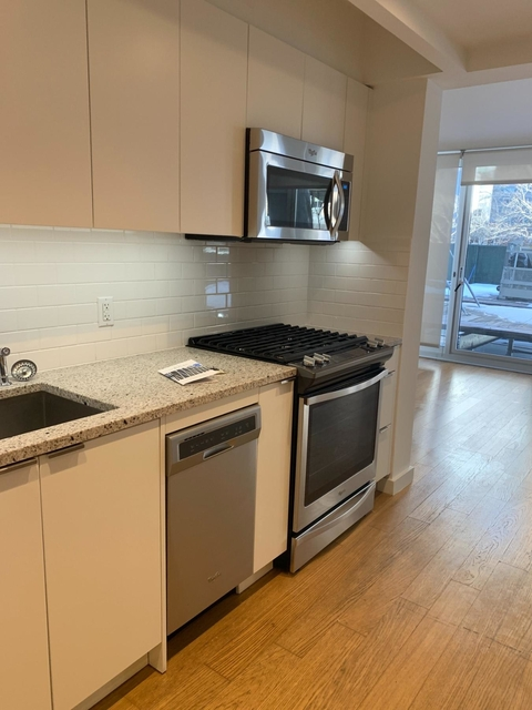 Studio, Lincoln Square Rental in NYC for $2,901 - Photo 1