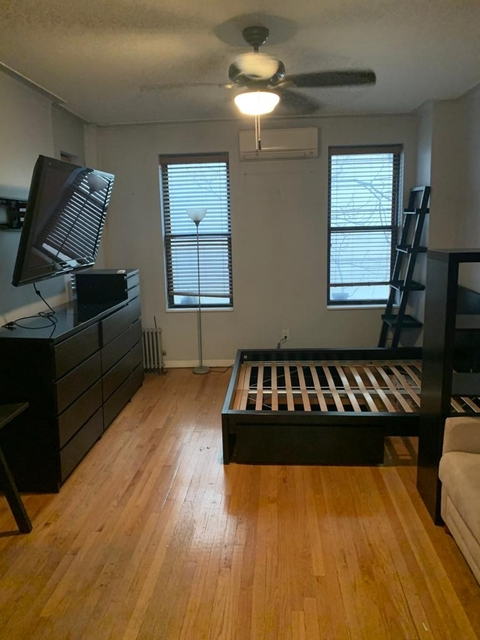 Studio, Yorkville Rental in NYC for $2,000 - Photo 1