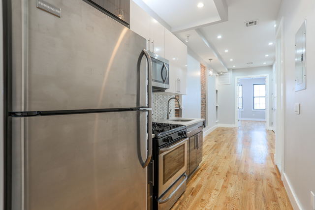 3 Bedrooms, Bushwick Rental in NYC for $2,199 - Photo 1
