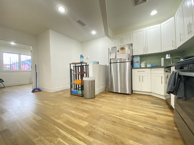 2 Bedrooms, East Williamsburg Rental in NYC for $3,395 - Photo 1