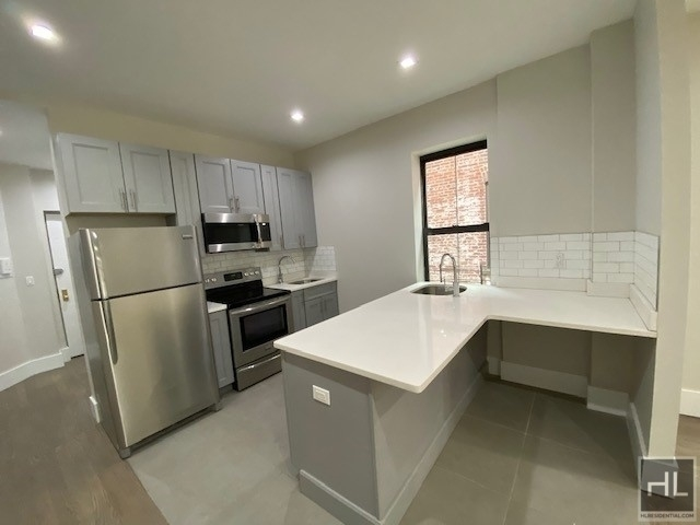 4 Bedrooms, Crown Heights Rental in NYC for $4,250 - Photo 1
