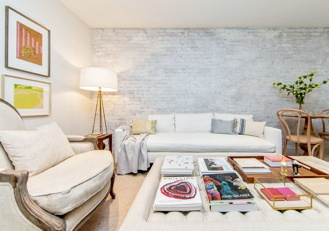 2 Bedrooms, East Village Rental in NYC for $4,354 - Photo 1