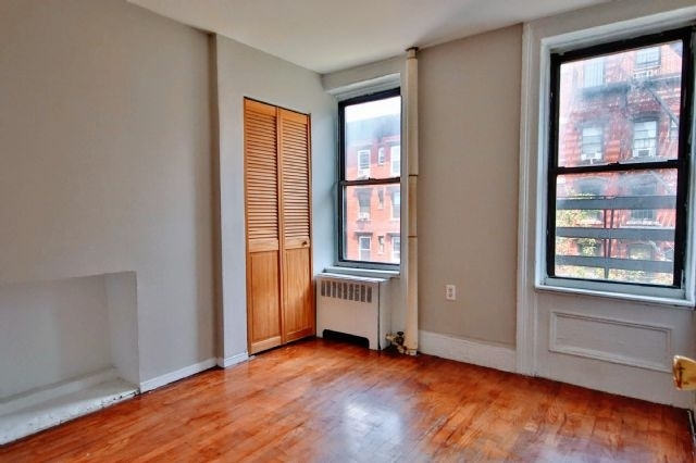 3 Bedrooms, Alphabet City Rental in NYC for $1,979 - Photo 1