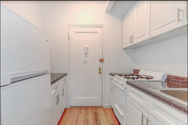 Studio, East Village Rental in NYC for $1,925 - Photo 1