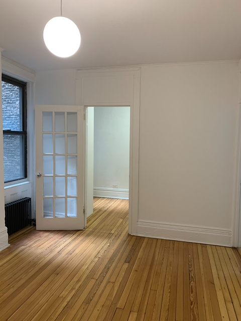 2 Bedrooms, Chelsea Rental in NYC for $3,195 - Photo 1