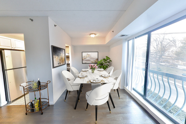 2 Bedrooms, Sands Point Rental in Long Island, NY for $3,300 - Photo 1