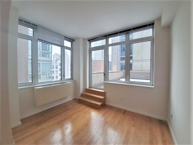 Studio, Lincoln Square Rental in NYC for $2,280 - Photo 1