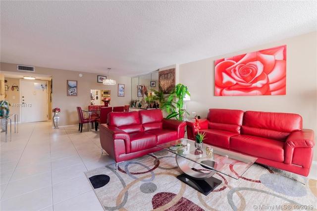 1 Bedroom, Hallandale Beach Rental in Miami, FL for $2,500 - Photo 1