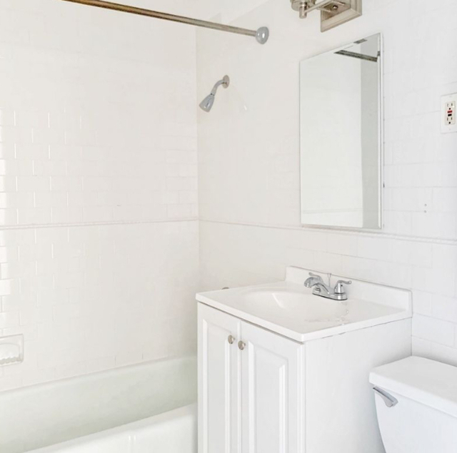 2 Bedrooms, Rose Hill Rental in NYC for $3,836 - Photo 1