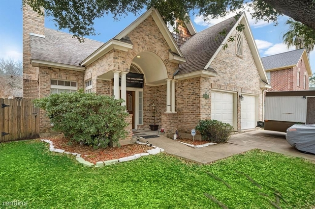 3 Bedrooms, Lakeside Park Townhome Rental in Houston for $2,430 - Photo 1