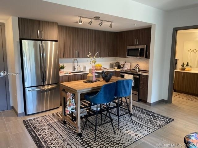 2 Bedrooms, Upper East Side Rental in Miami, FL for $3,445 - Photo 1