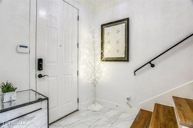 2 Bedrooms, Palo Alto Rental in Dallas for $3,200 - Photo 1
