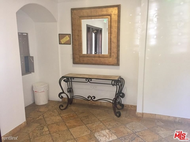 2 Bedrooms, Brentwood Rental in Los Angeles, CA for $3,850 - Photo 1