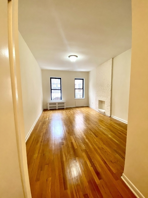Studio, Yorkville Rental in NYC for $1,675 - Photo 1