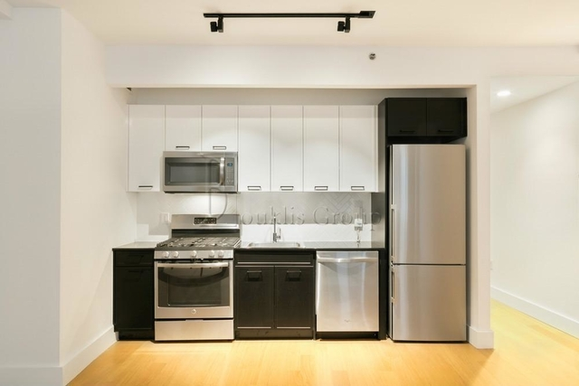 Studio, Financial District Rental in NYC for $2,175 - Photo 1