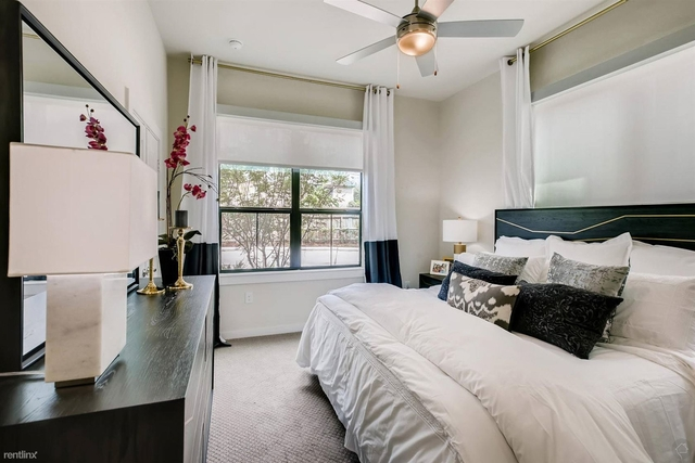 3 Bedrooms, Clear Lake Rental in Houston for $3,000 - Photo 1