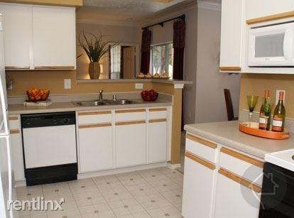 3 Bedrooms, Eldridge - West Oaks Rental in Houston for $5,000 - Photo 1