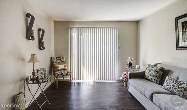 2 Bedrooms, Briarforest Rental in Houston for $950 - Photo 1
