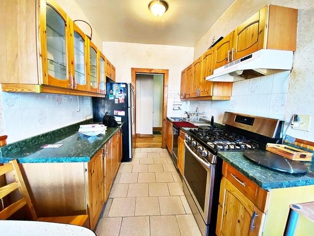 2 Bedrooms, Bensonhurst Rental in NYC for $1,850 - Photo 1