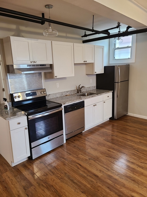 4 Bedrooms, Commonwealth Rental in Boston, MA for $4,200 - Photo 1