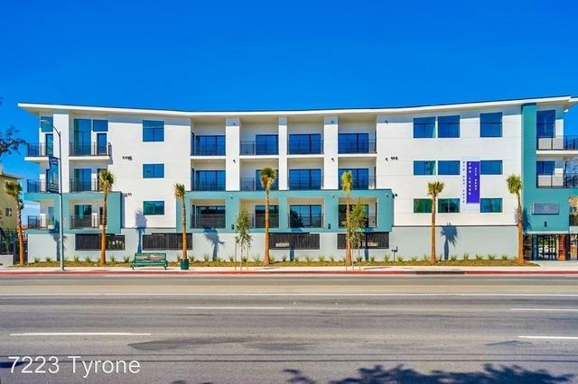 2 Bedrooms, Van Nuys Rental in Los Angeles, CA for $2,350 - Photo 1