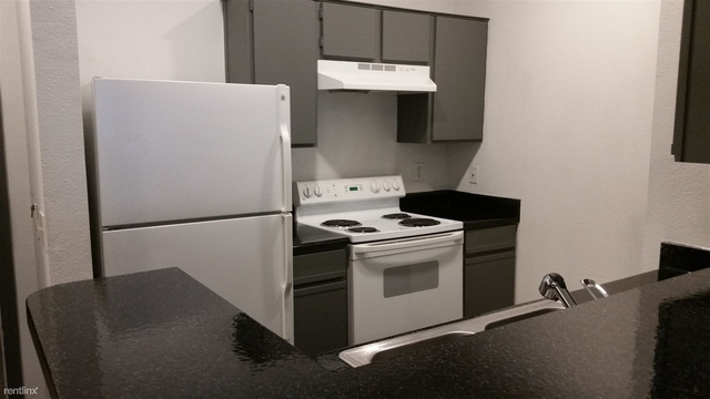 1 Bedroom, The Versailles Park Apts Rental in Houston for $1,060 - Photo 1
