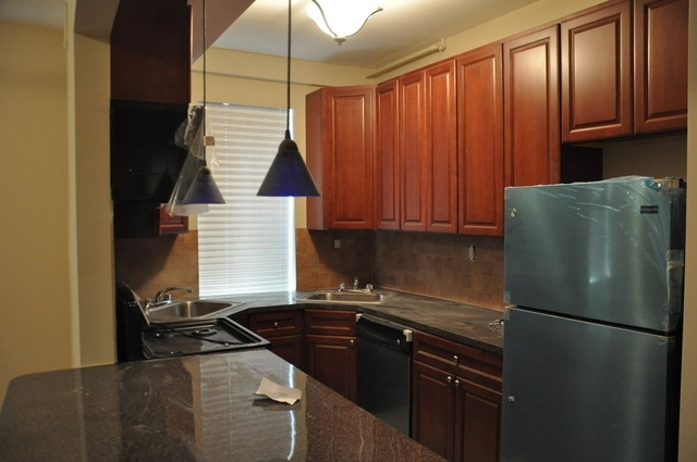 3 Bedrooms, Sheepshead Bay Rental in NYC for $2,150 - Photo 1