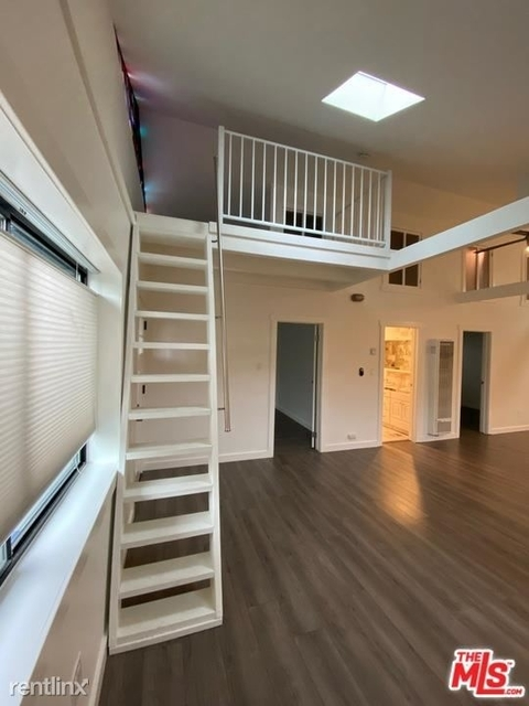 2 Bedrooms, Oakwood Rental in Los Angeles, CA for $5,000 - Photo 1