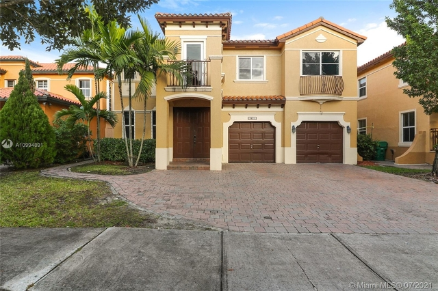 5 Bedrooms, Egret Lakes Estates Rental in Miami, FL for $7,800 - Photo 1