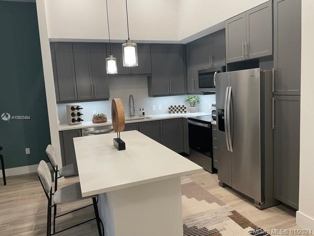 1 Bedroom, Doral Rental in Miami, FL for $2,477 - Photo 1