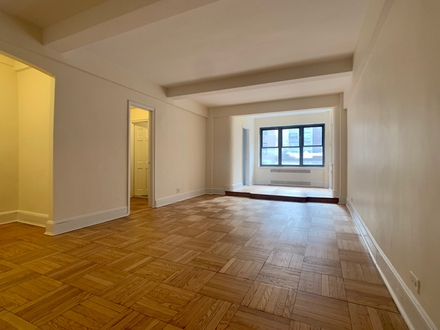 Studio, Theater District Rental in NYC for $2,167 - Photo 1