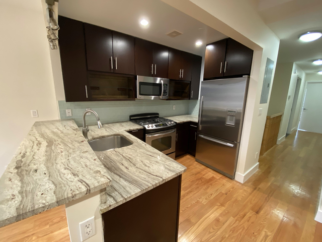 3 Bedrooms, Whittier Rental in Minneapolis-St. Paul, MN for $3,999 - Photo 1
