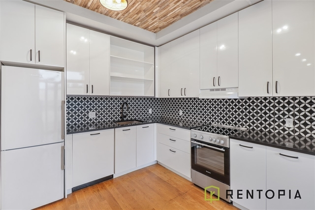 2 Bedrooms, Bushwick Rental in NYC for $2,635 - Photo 1