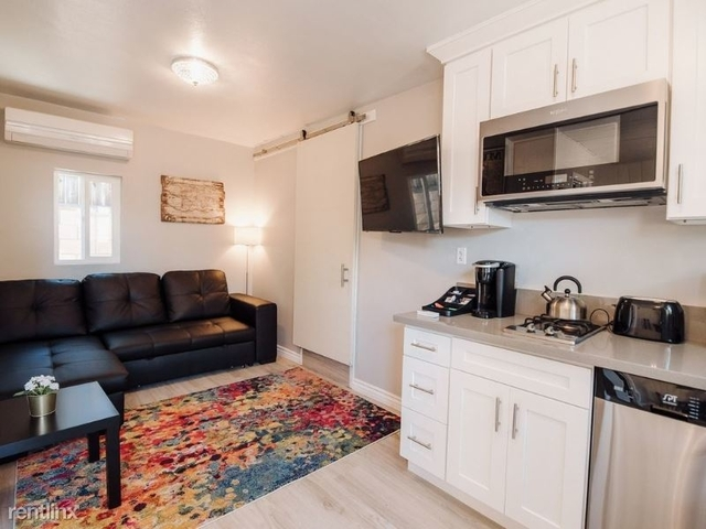 1 Bedroom, NoHo Arts District Rental in Los Angeles, CA for $3,200 - Photo 1