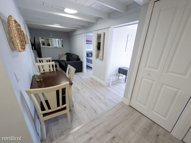 2 Bedrooms, NoHo Arts District Rental in Los Angeles, CA for $4,000 - Photo 1