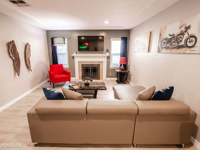 5 Bedrooms, NoHo Arts District Rental in Los Angeles, CA for $7,200 - Photo 1