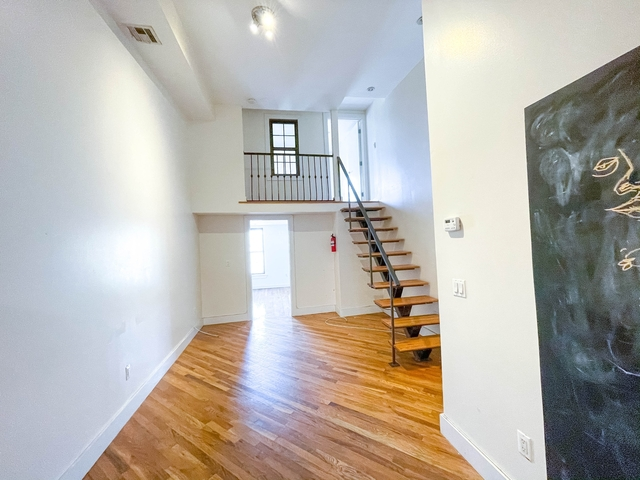 3 Bedrooms, Bushwick Rental in NYC for $2,374 - Photo 1