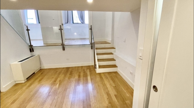 3 Bedrooms, Gramercy Park Rental in NYC for $6,320 - Photo 1