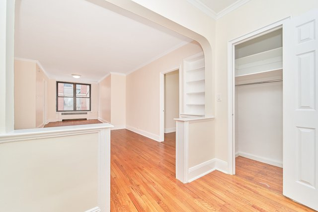 1 Bedroom, Rose Hill Rental in NYC for $1,979 - Photo 1