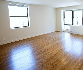 3 Bedrooms, Yorkville Rental in NYC for $4,305 - Photo 1