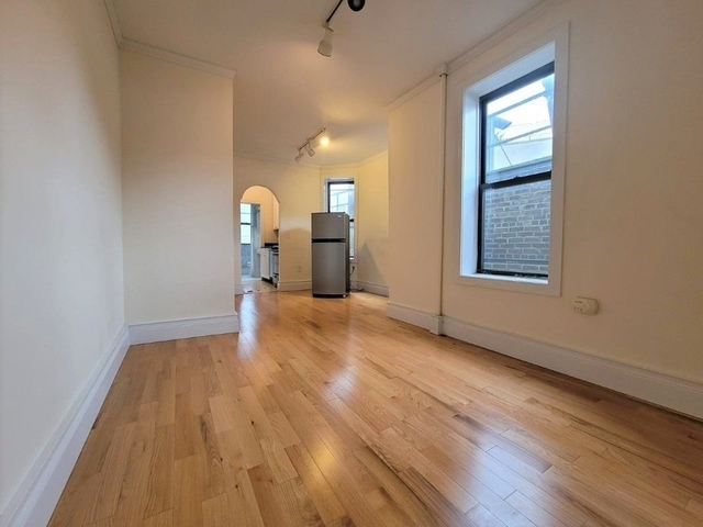 2 Bedrooms, East Village Rental in NYC for $2,842 - Photo 1