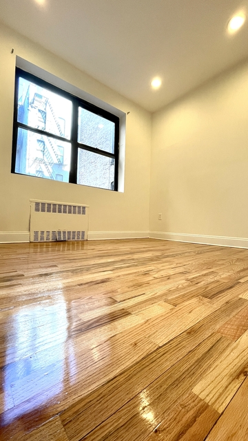 3 Bedrooms, Alphabet City Rental in NYC for $2,900 - Photo 1
