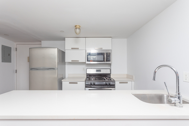 3 Bedrooms, East Williamsburg Rental in NYC for $3,400 - Photo 1