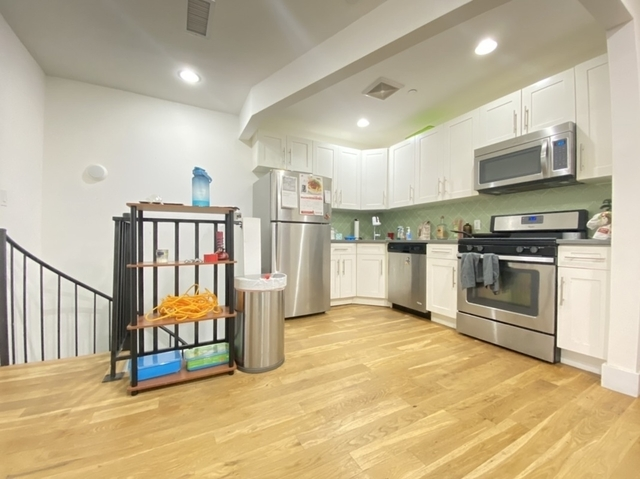 3 Bedrooms, East Williamsburg Rental in NYC for $3,295 - Photo 1