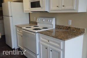 2 Bedrooms, Western Hills Rental in Houston for $1,050 - Photo 1