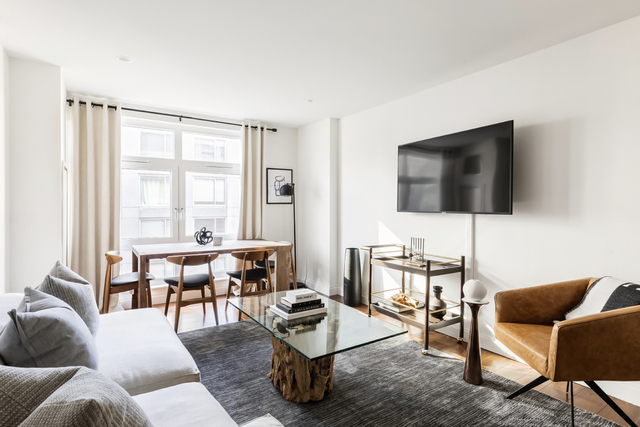 2 Bedrooms, Tribeca Rental in NYC for $6,600 - Photo 1