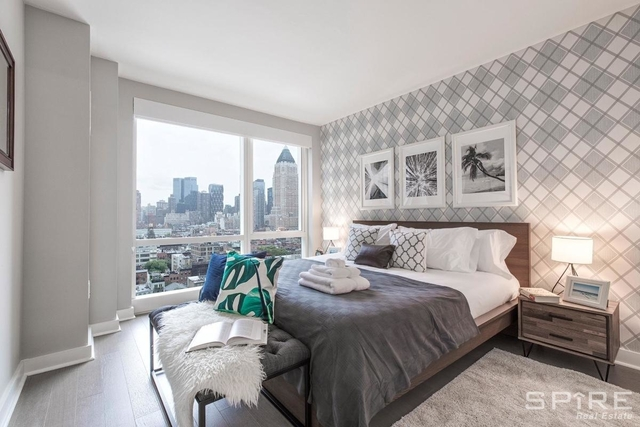 3 Bedrooms, Hell's Kitchen Rental in NYC for $10,095 - Photo 1