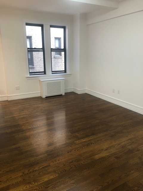 2 Bedrooms, Lincoln Square Rental in NYC for $6,100 - Photo 1