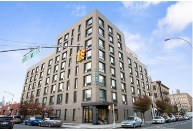 Studio, Hunters Point Rental in NYC for $1,739 - Photo 1